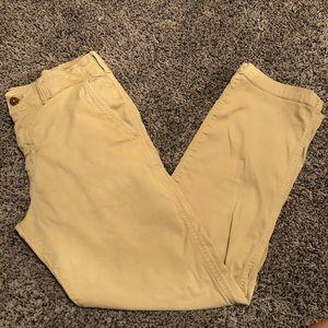 🦅American Eagle khaki pants